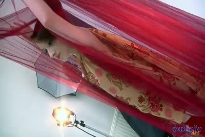 coulisses de la séance photo porno avec Aurora Viper belle rousse 1