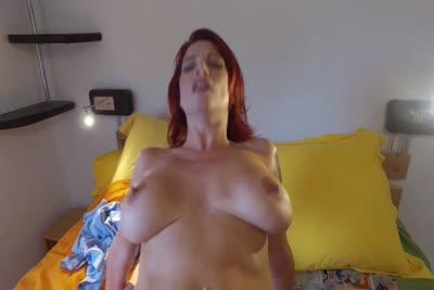 Julie Valmont : La MILF rousse Julie Valmont se fait baiser par la grosse bite de Titof 3