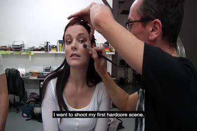 Laure Vallentin : La vidéo de notre rencontre avec la belle Laure Vallentin qui veut faire du X 1
