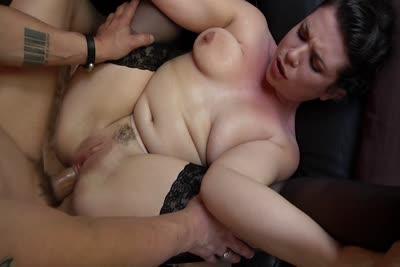 Estelle Malonn : La vidéo de Estelle Malonn sodomisee en webcam 1