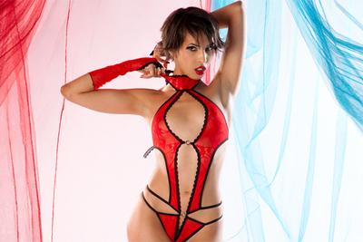 A strip-tease video of arabic porn star Jasmine Arabia