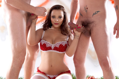 Liza del Sierra wishes you a Happy Christmas threesome sex. 2/2