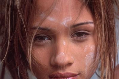 Des photos érotiques de la star du X Ally Mac Tyana nue