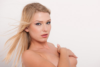 A russian glamour model naked in studio 1/4