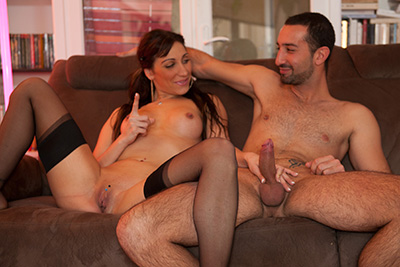 Sheryl Riviera sodomisée en faisant le ménage