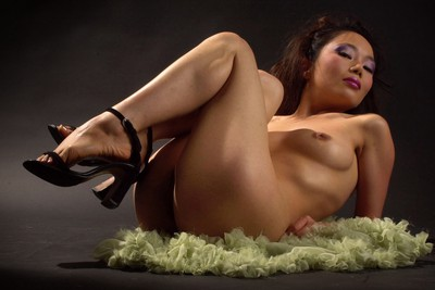 First naked photoshoot of awesome asian debutante Kim