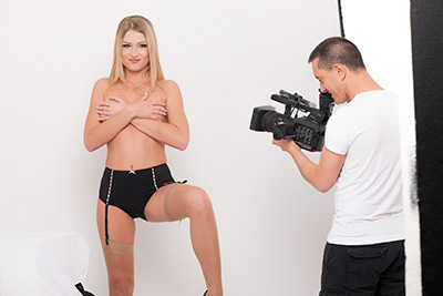 Beautiful Russian blonde model Lucy Heart naked in studio