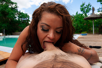 Meeting with horny French MILF by the swimming pool